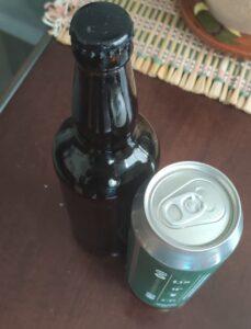 Cervejas em lata são ou não são melhores do que em garrafas? Dúvida comum aos consumidores.