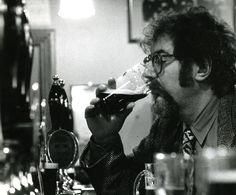 A Michael Jackson Foundation homenageia o jornalista especializado em whisky e cerveja