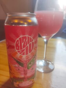 Cerveja Biziuziu, feita com graviola e pitaya, pelas cervejarias Brain Beer e Etanoiss