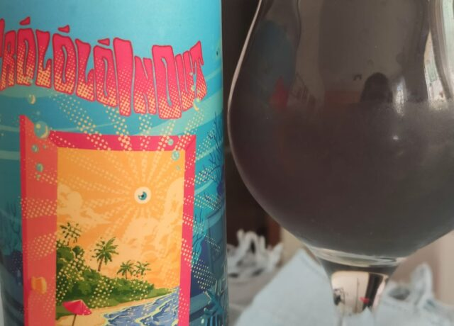 TrololóInOut é a cerveja azul da série Mallukus