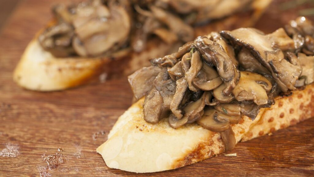 Cogumelos e cerveja Bock se complementam pelo sabor umami